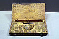 Weighing set & scales - Musée des arts et métiers - Inv 6226-1 & 2.jpg