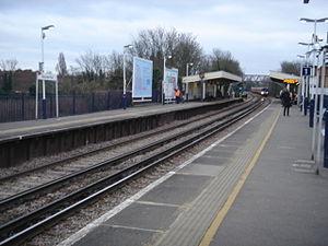 Worcester Park railway station - Image: Worcester Park Station 05