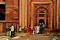 Worship Gateway, Jama Mosque, Fatehpur Sikri, Uttar Pradesh.jpg