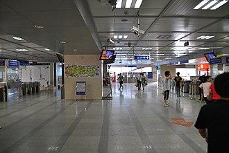 Xunlimen station - Image: Wuhan Metro Line 1Xunlimen
