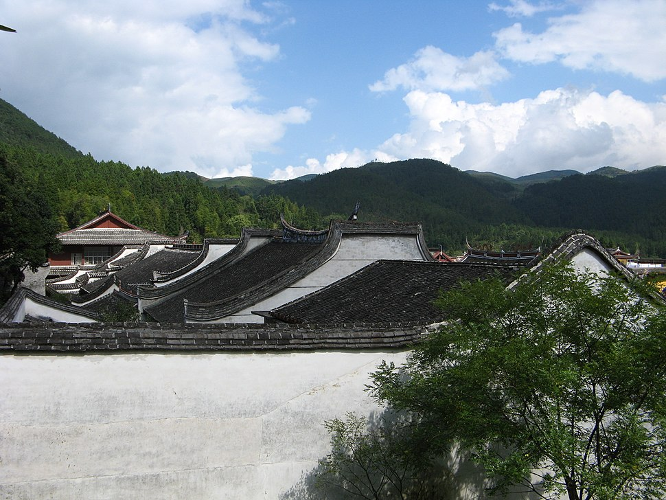 Xuefeng temple buildings 2