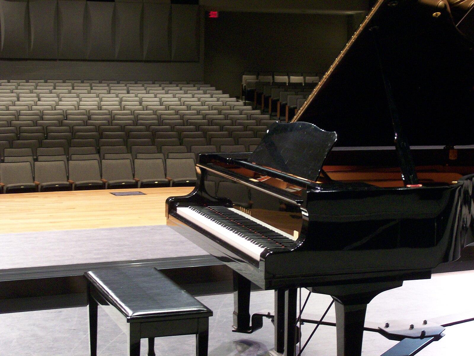 картинка концерт фортепиано вентилируемых фасадов