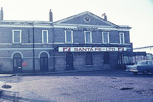 Yarmouth South Town railway station - Station frontage in 1975.
