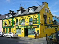 Yellow Irish pub.jpg