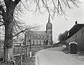 Zicht op de kerk - Maasbommel - 20428100 - RCE.jpg