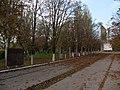 Братська могила радянських воїнів Кам'янка-Дніпровська, вул Радянська, міський парк.JPG
