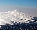 Вулкан Руруй (с вулкана Тятя).jpg