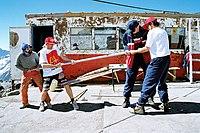 Д.Шпаро в приюте Одиннадцати на Эльбрусе 2-й слева.jpg