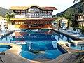Отельный комплекс с бассейном - panoramio.jpg