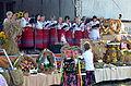 065 Geschmuckter Buhne zum Erntedankfest in Mokre, 2013.JPG