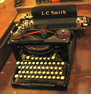 English: 1890s L. C. Smith typewriter machine,...