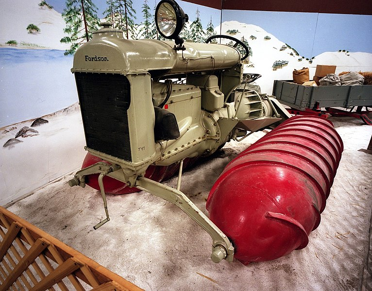 33b081f480 Fordson Snow Machine - 1929 Concept