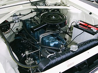 AMC straight-6 engine - Engine bay of a 1968 Rambler American