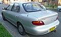 1996 Hyundai Lantra (J2) Classique sedan 02.jpg