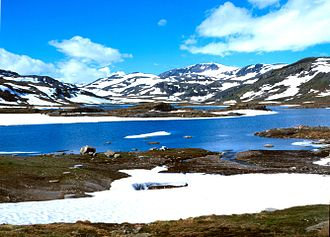Hol - Image: 2001 07 04 Aurlandsdalen Geiteryggvannet