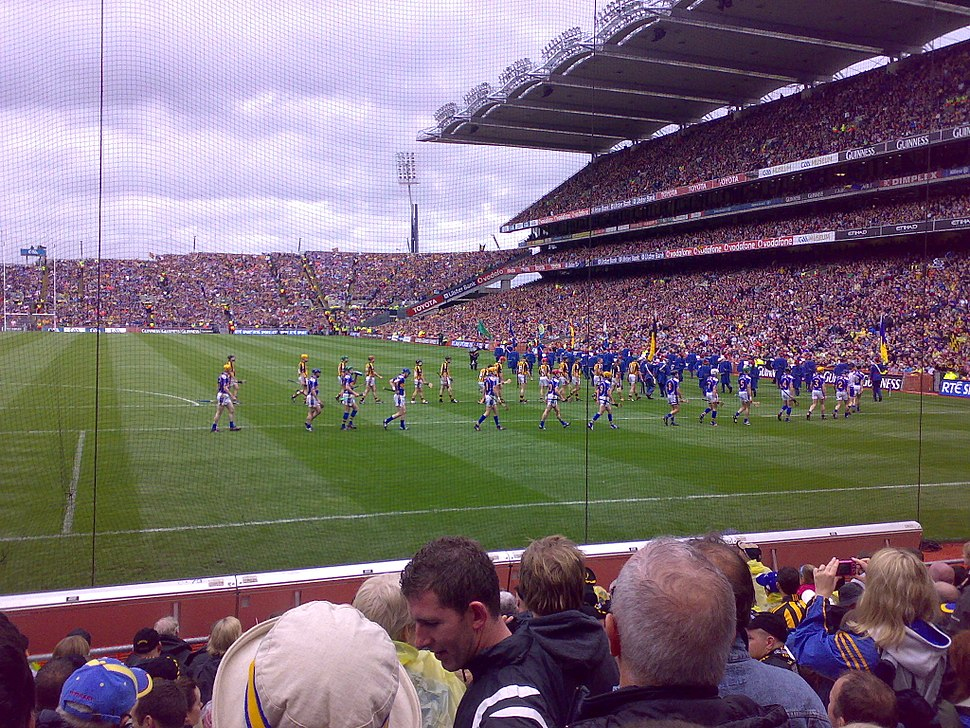 2009 All Ireland Final teams marching before game