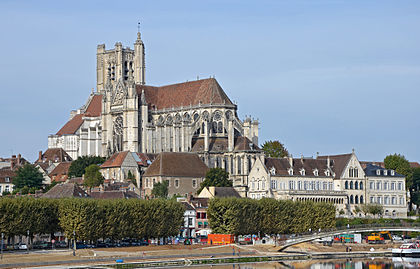 2012--DSC 0034-Cathédrale-d'Auxerre.jpg