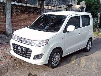 Suzuki IndoMobil Motor - Image: 2015 Suzuki Karimun Wagon R GS (front), West Surabaya
