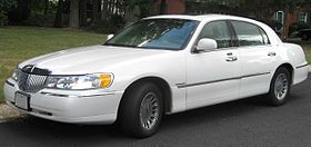 98-02 Lincoln Town Car Cartier.jpg