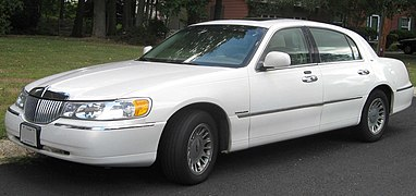 1998 2002 Lincoln Town Car Cartier