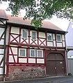 Ackerbürgerhaus aus dem 15. Jh. - Eschwege Neustädter Kirchplatz 10 - panoramio.jpg