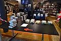 Afhaalservice in een bibliotheek tijdens de Corona-crisis.jpg