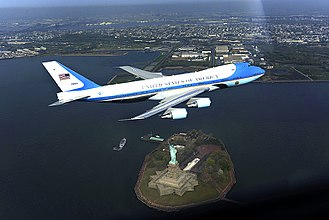 Air Force One photo op incident - Image: Air Force One photo op incident altered by Do D