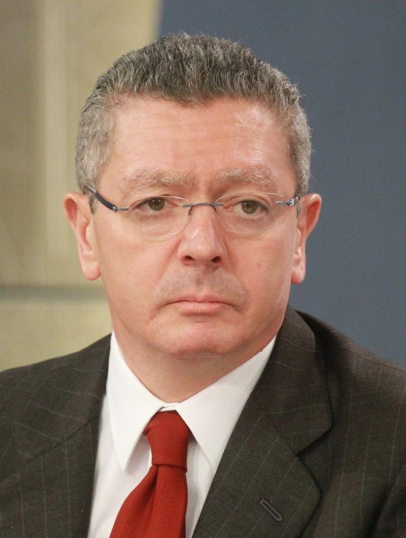 Alberto Ruiz-Gallardón 2013 (cropped).jpg