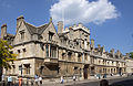 All Souls College on the High Street (5650442072).jpg