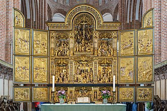 Roskilde Cathedral - The altar