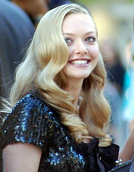 Amanda Seyfried-crop.jpg