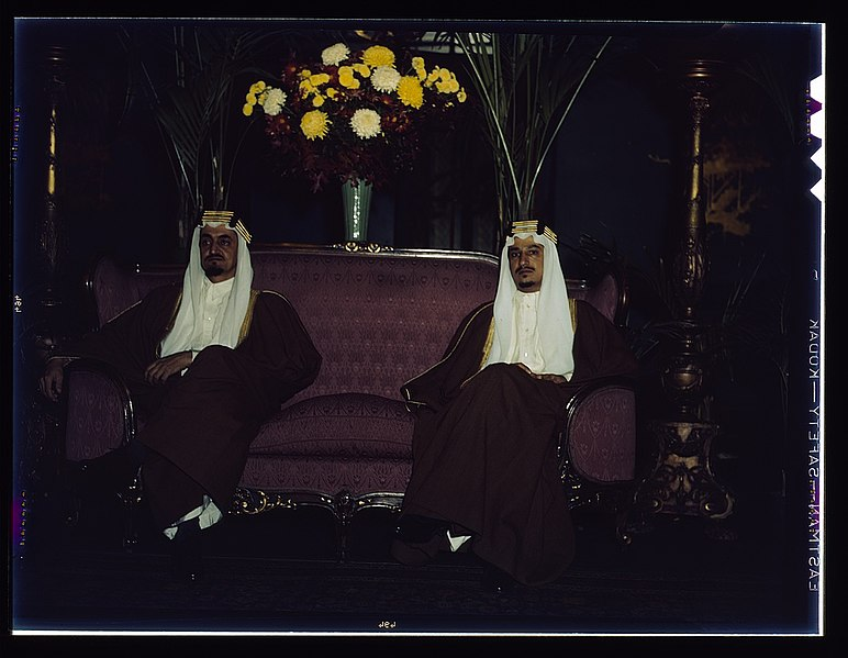 file amir khalid right and amir faisal sons of king ibn