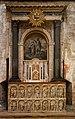 Arles-Église Saint Trophime-Anciens fonts baptismaux-20200306.jpg
