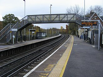 Ashurst New Forest railway station - Ashurst station platforms