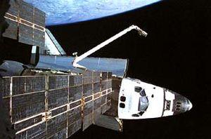 STS-74 - Atlantis docked to Mir