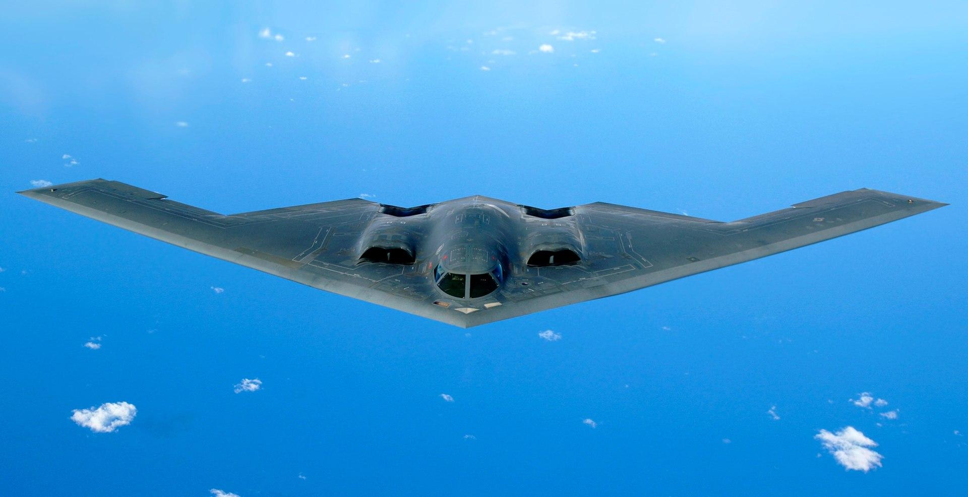 B-2 Spirit (cropped).jpg