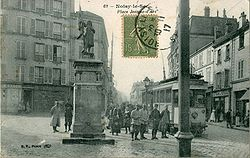 BF 62 - NLS -Place Jeanne d'Arc.JPG