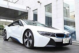 BMW i8 Front (left) New.jpg