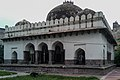 Barakhamba Monument (01).jpg