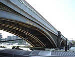 Battersea Railway Bridge, London 04.JPG