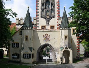 Landsberg am Lech - Bayertor, the gate to Munich