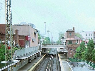 Bayside (LIRR station) - Image: Bell Boulevard from Bayside LIRR Station Bridge