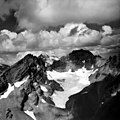 Bend Glacier, September 5, 1964 (GLACIERS 1608).jpg