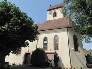 Vogtsburg - Image: Bisschoffingen, die Sankt Laurentiuskirche foto 1 2013 07 24 15.47