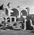 Bogen van de Basilica van Maxentius aan het Forum Romanum, Bestanddeelnr 191-1186.jpg