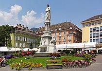 Bozen Waltherplatz.jpg