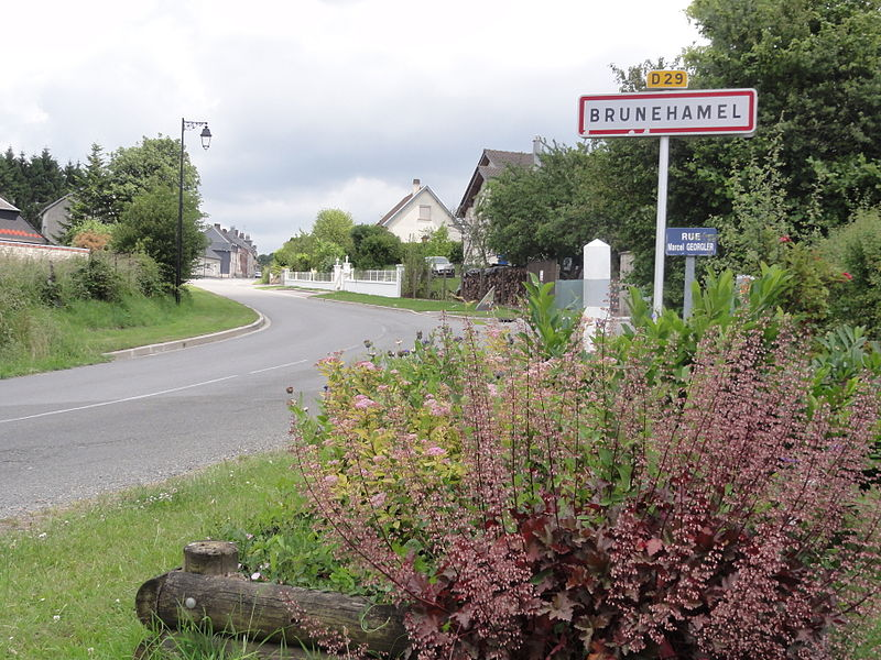 Brunehamel (Aisne) city limit sign
