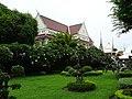Buddhist school at Wat Arun.jpg
