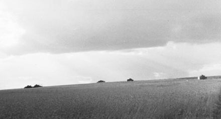 Thunderclouds over the battleground. Intermittent heavy rains created mud and marsh that made movement difficult. Bundesarchiv Bild 101I-022-2950-22A, Russland, Panzer im Gelande.2.jpg