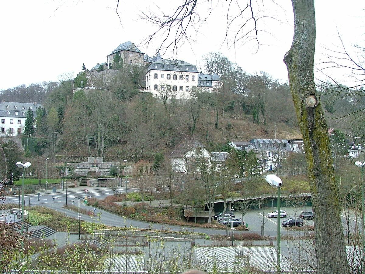 Hotels Near